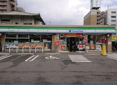 ファミリーマート堺市市之町東店付近